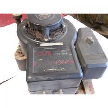MOTEUR B&S 13 HP I/C (1)