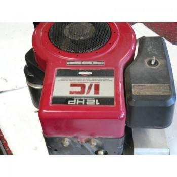 MOTEUR BRIGGS & STRATTON 12 HP I/C (4)